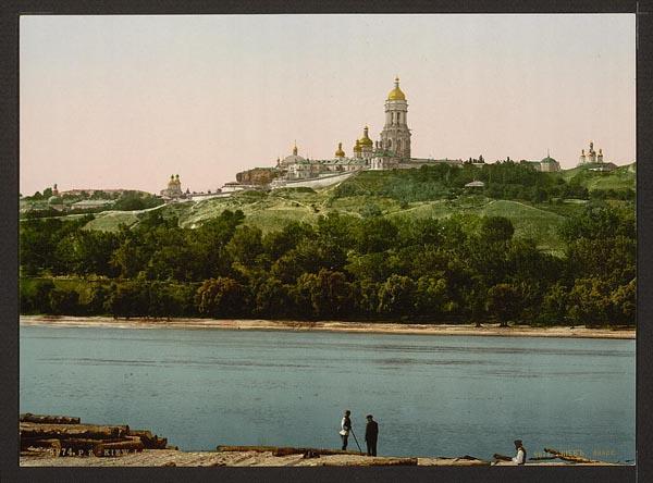 Киево-Печерская лавра, вид с левого берега Днепра