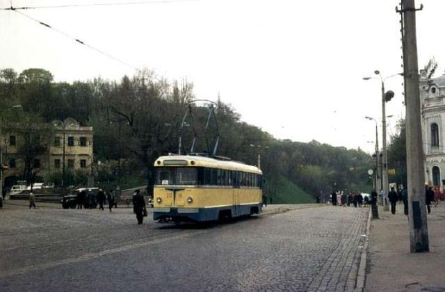 Площадь Ленинского Комсомола (ныне - Европейская площадь), 1970